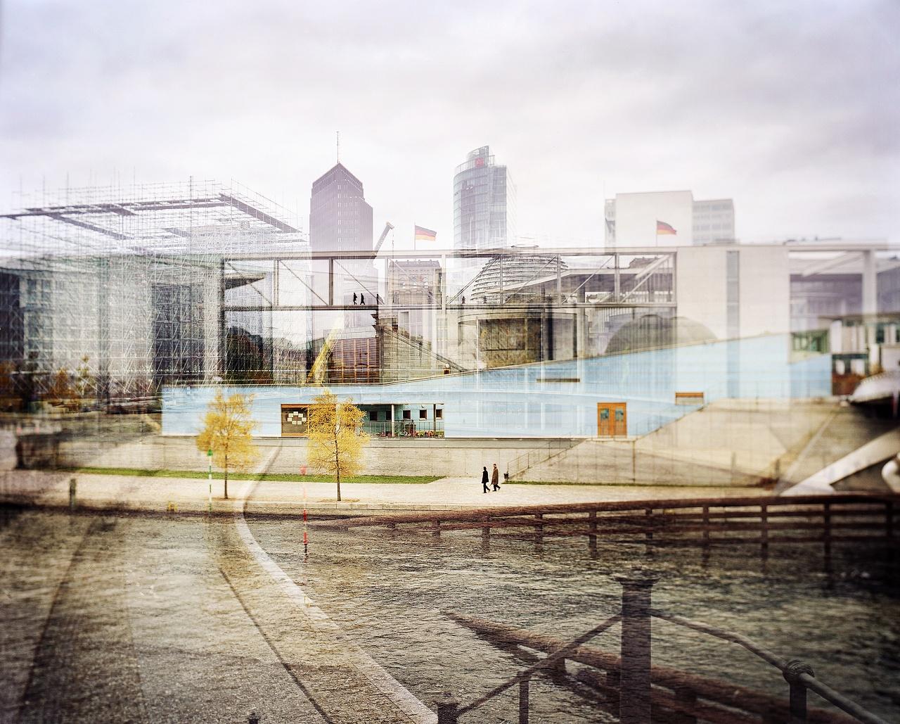 Berlin Babylon  Sandro Di Camillo / Berlin Babylon Lavoro selezionato da Of Site Art
