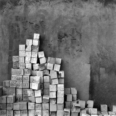 Paul den Hollander: Les Pyramides du Nord, 1988 - 1990